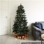 Kunstigt juletræ halvt 180 x 118 cm med lys