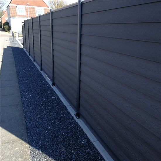 Kirkedal K2 Klinkprofil 170 cm hegnspakke tillægsfag med 1 stolpe alu blank
